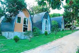 Những căn nhà mái vòm hòa mình với chốn cao nguyên