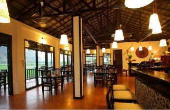 Không gian nhà hàng tại Sol Bungalow