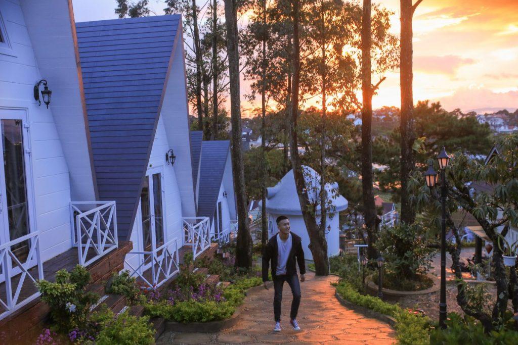Cam Ranh được thiên nhiên ưu ái, khí hậu chan hòa